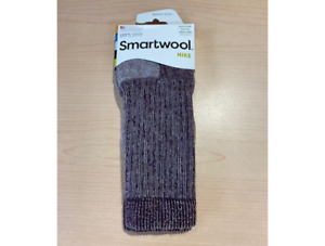 Smartwool Women's Medium Hiking Crew Socks Dark Cassis Size M (7-9.5)