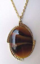 pendentif collier bijou vintage couleur or camée  rare signé SARAH COV 3433