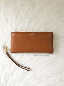Fossil Tan/ Brown Leather Zip Wallet - RRP is $149