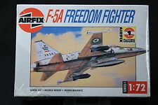 XL026 AIRFIX 1/72 maquette avion 01043 F-5A Freedom fighter 1988
