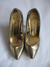FOREVER 21 SHINY METALLIC GOLD PUMPS - 8M - EXCELLENT