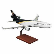 UPS Worldwide Service McDonnell Douglas MD-11F Desk Top 1/100 Model ES Airplane
