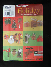 Simplicity Holiday 5862 Christmas Ornament Pattern Snowman Candy Angel Tree Felt