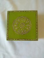 Green medallion Painted Lacquer Wood Box Lid Trinket Jewelry Boho Cottage Green