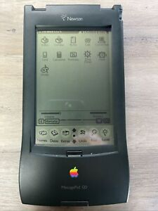 Apple Newton MessagePad 120 with Booklets, Diskettes and Case