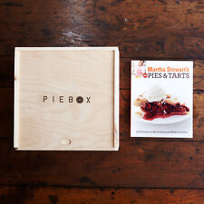PieBox: Wooden Pie Carrier & Martha Stewart's Pies & Tarts Book