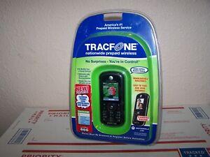 Motorola C series C261 - Black (TracFone) Cellular Phone NEW