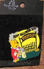 A22 Disney Pin CARDED LE WINNIE THE POOH HAPPY HALLOWEEN 2002 WITCHVILLE
