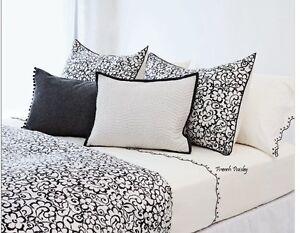 Vera Wang FRENCH PAISLEY Silk Stripe Decorative Pillow NWT