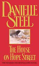 DANIELLE STEEL _ THE HOUSE ON HOPE STREET _ BRAND NEW