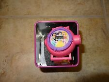 GIRLS DISNEY PRINCESS WATCH **BRAND NEW IN COLLECTOR TIN** SNOW WHITE & OHTERS