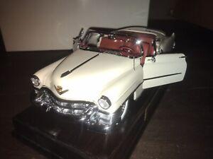 Danbury Mint 1:16 1953 Cadillac Eldorado Convertible All Paperwork + Stand