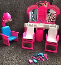 Vintage 1993 Barbie Hair Salon Toy Play Doll Set Mattel Beauty Beautician Shop
