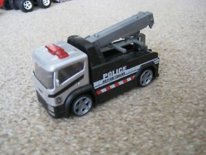 UNBRANDED DIECAST POLICE RECOVERY TRUCK