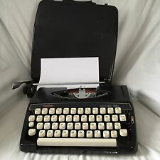 Vintage Brother Deluxe 220 typewriter Late 60's Made in Japan, Prop