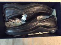 Cole Haan Tucker Venetian Loafer For Men (Black)  Size 13