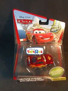 Disney Pixar Cars 2 Lightning McQueen w/ Metallic Finish Toys R Us Exclusive TRU