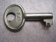 antique steamer trunk baggage luggage key  # et1 padlock lock hardware