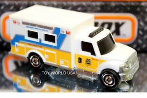2021 Matchbox MBX Rescue International Workstar Ambulance