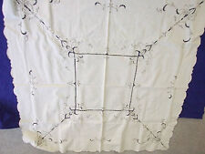 """VINTAGE 46""""BY 46"""" ECRU COTTON  TABLECLOTH/RUNNER/NAPKINS EMBROIDARY&CUTWORK"""