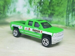 Matchbox '14 Chevy Silverado 1500 Pickup Diecast Model - Excellent Condition
