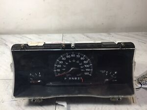 ✅ 2000 2001 Lincoln Town Car Instrument Speedometer Gauge Cluster