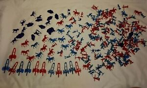 1960's Hong Kong 1 inch Revolutionary War Soldiers/horses/cannons red blue
