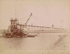 ÉGYPTE  c. 1880 - Drague dans le Canal de Suez  -