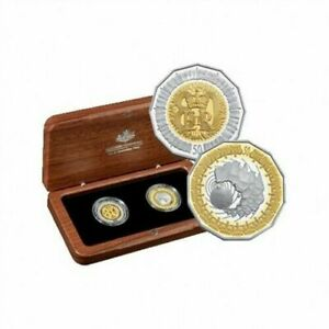 2006 Celebrating the Royal Collection Two 50c Gold Plated Silver Proof Coin Set.