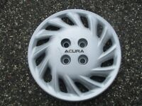 one genuine 1992 1993 Acura Integra 14 inch bolt on hubcap wheel cover