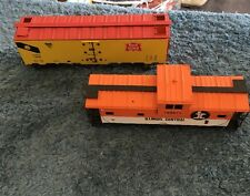 Lot Of 2 Trains Garx 7608 Rock Island And Illinois Central Yellow And Orange