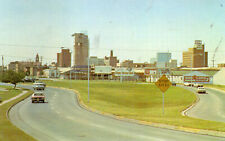 postcard USA Texas  Skyline view looking west Abilene unposted