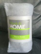"""House To Home Light Blue Fleece Lightweight Throw Blanket 50"""" x 60"""" - Brand New"""