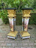 A unique pair of French Louis XVI style collumns/pedestals. Worldwide shipping.