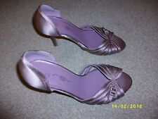 Ladies Purple Slim Heeled Shoes Size 5 from New Look