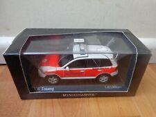MINICHAMPS 1/43 CLASSIC VW TOUAREG 2002 NEF AMBULANCE DIECAST CAR 400 052090