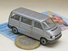 Herpa  041577: VW T4 Caravelle Bus,  silber met.