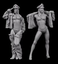 █ 1/35 Resin 2 Summer Female Sexy Soldiers Unpainted BL108