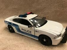 1/24 SCALE DIECAST MONTREAL POLICE DODGE  CHARGER WITH LIGHTS AND SIREN