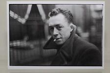 ALBERT CAMUS,1944 by CARTIER-BRESSON, Kunst - Postkarte