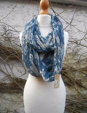 NEW FAT FACE LADIES BLUE WITH BUTERFUL FLORAL PRINTS SCARF SNOOD