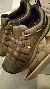 KEEN Utility Flint II Soft Toe Work Shoe Cascade Brown/Golden Rod size 13