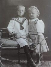Bruder und Schwester sportlich - Foto / Fotographie - Schlüter / Magdeburg
