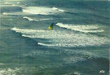 CARTE POSTALE - PLANCHE A VOILE OCEAN VAGUE SPORT VACANCE / WINDSURF POSTCARD
