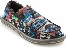 SANUK YOUTH DONNY CHILL CHARCOAL/NATIVE SLIP-ONS SIZE 1 NWT $45 LIST