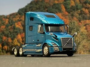1/64 DCP BLUE VOLVO VNL 760 W/ HIGH ROOF SLEEPER