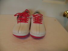 TRUE LINKS WEAR WHITE GOLF SHOES WITH PINK TRIM AND LACES WOMENS  SZ 6.5 NWOB