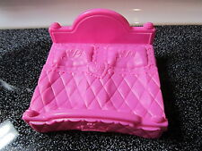 Fisher Price Little People Pink Palace Princess double bed Castle furniture toy