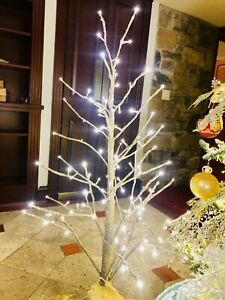 Christmas Holiday Tree White Light Branches Gold Glitter 4 Foot