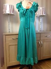 Monsoon emerald green100% silk dress Frilly Neckline & Sleeves size-10 Worn Once